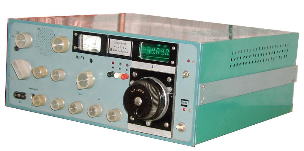 Коротковолновый трансивер ДЛ69